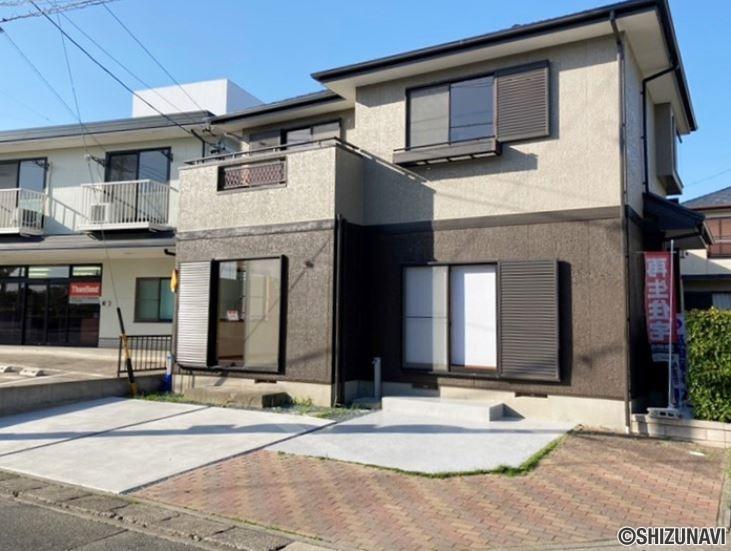 【リフォーム済】浜松市東区植松町 駐車場拡張し駐車4台可能 4LDK