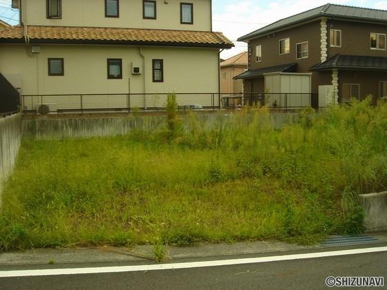 富士宮市小泉 約63.73坪のほぼ正方形な更地