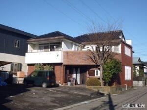 静岡市清水区有東坂一丁目 店舗付住宅 80坪超の敷地 駐車場8~9台