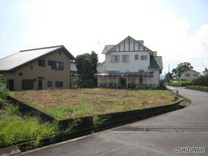 富士宮市西小泉町 広々敷地は約103坪