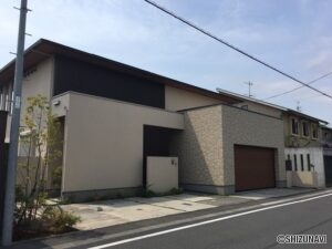 静岡市葵区安東2丁目 2017年築 敷地100坪超 延床面積64.8坪