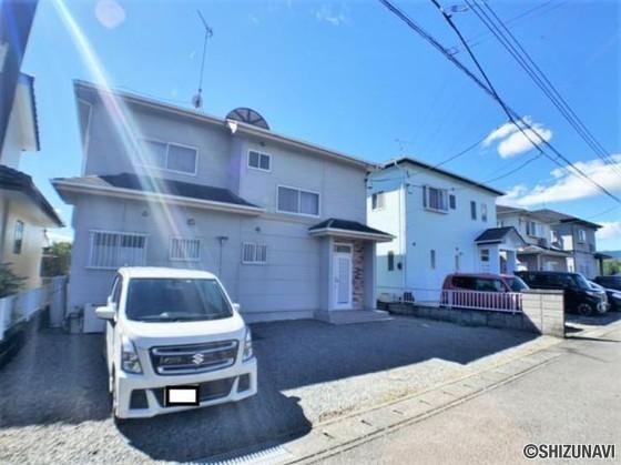 【リフォーム中】富士宮市万野原新田 駐車場3台、4DKの再生住宅