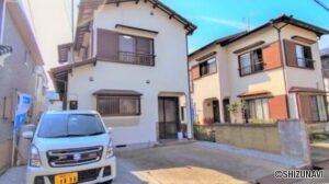 【リフォーム中】富士宮市中里東町 駐車場2台分、3LDKのオウチです。