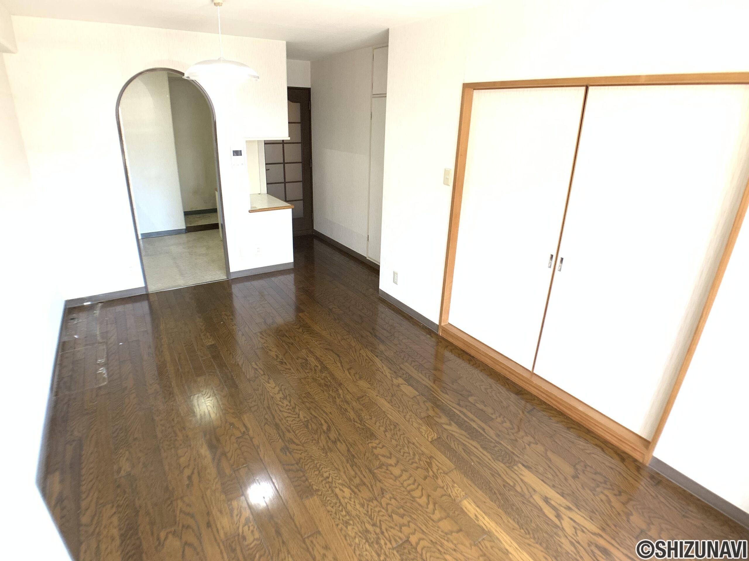 グランドハイム新川 105号室