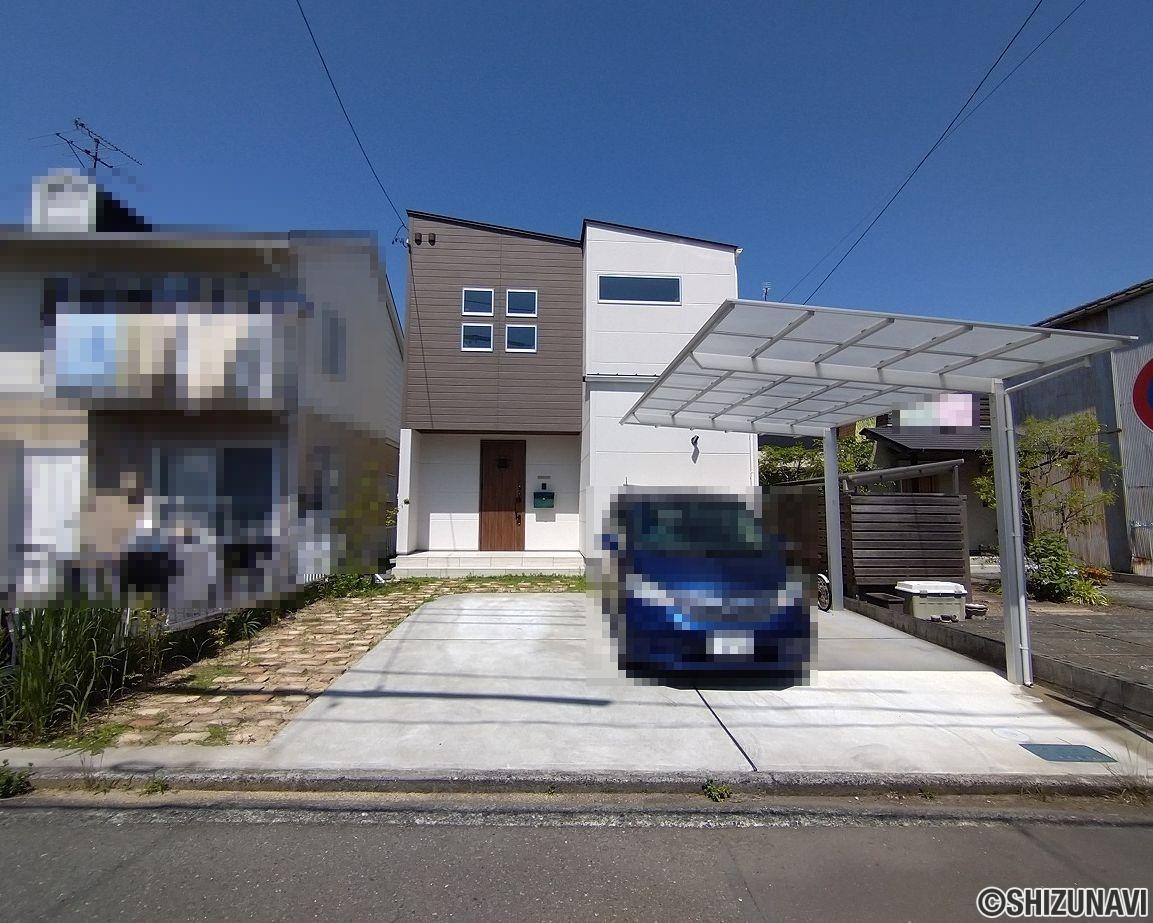 駿河区中島 オール電化 太陽光パネル5.5kw 吹き抜け ウッドデッキ 駐車場3台 庭付き