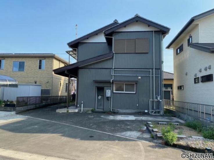 【リフォーム中】島田市三ッ合町 5台駐車可能