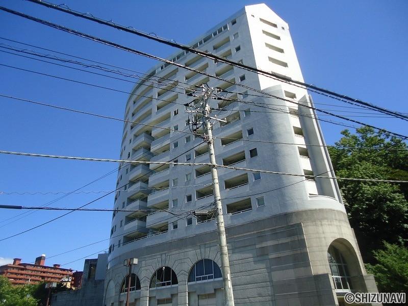 ジェントル伊豆長岡7階中部屋