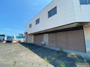 牧之原市細江 倉庫 駐車スペースは5~7台