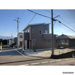富士宮市野中 築浅 家の中から富士山が見えます